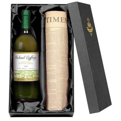 Vineyard - Personalised White Wine with a Newspaper